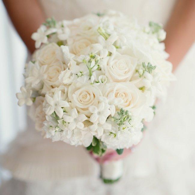 Для мужчины, какой вид жасмина добавляют в букеты свадебные