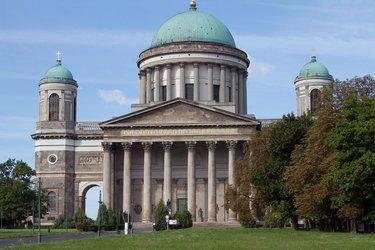 базилика святого адальберта венгрия