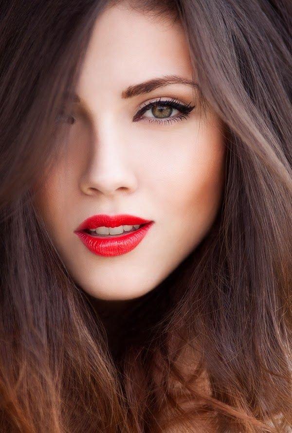 красные губы макияж