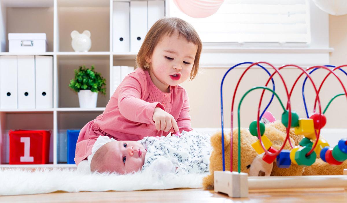 выходные картинки с детьми с игрушками этот раз