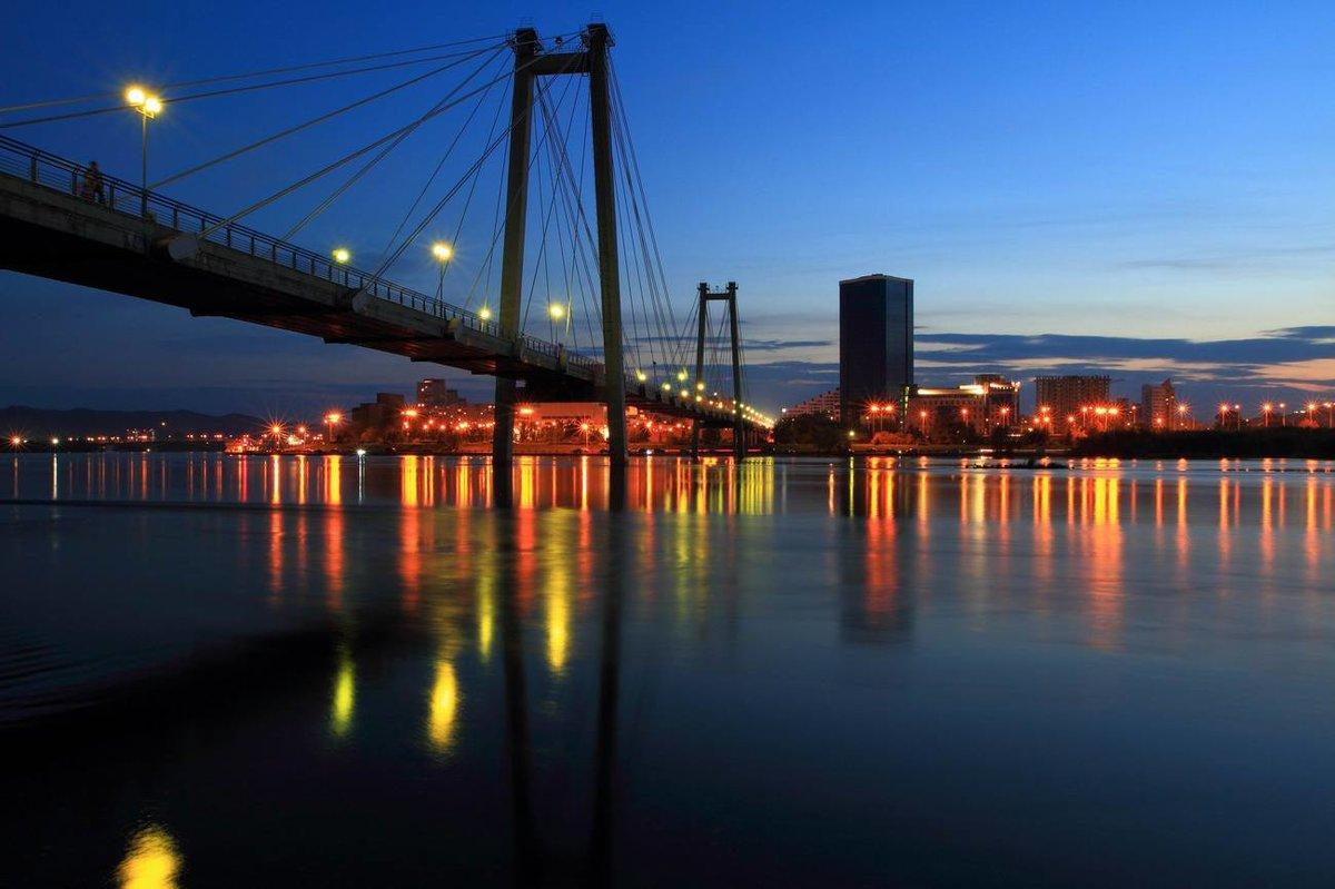 фото вантовый мост ночью настоящее