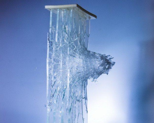 07 сен.17 Калифорнийский фотограф Алан Сэйлер (Alan Sailer) прославился необычной фотоидеей:Лед стекло
