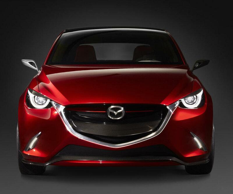 Концепт Mazda Hazumi 2014 сочетает четыре основных направления развития компании: фирменный стиль, энергоэффективность, безопасность и мультимедийные возможности.