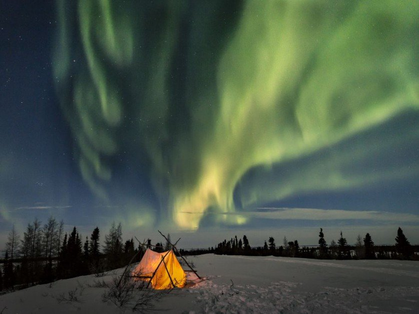 polar night Polar night has 70 ratings and 31 reviews chrys said: polar night takes place in alaska during winter and follows the events of a supernatural mystery.