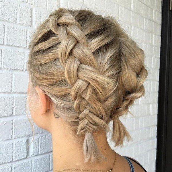 Колосок на средние волосы