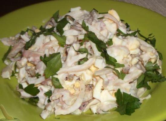 Салат из кальмаров с плавленным сыром рецепт
