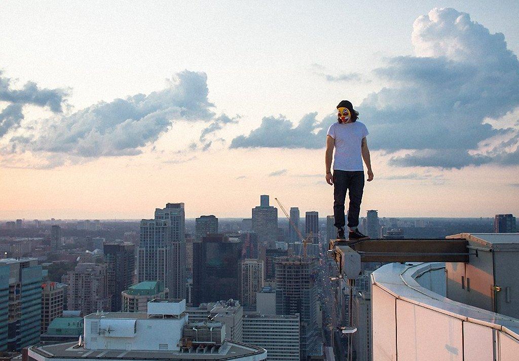 картинки человек на высоких зданиях очень нежная начинка