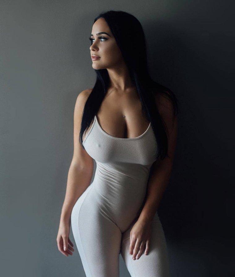 индийская девушка с красивой фигурой - 8