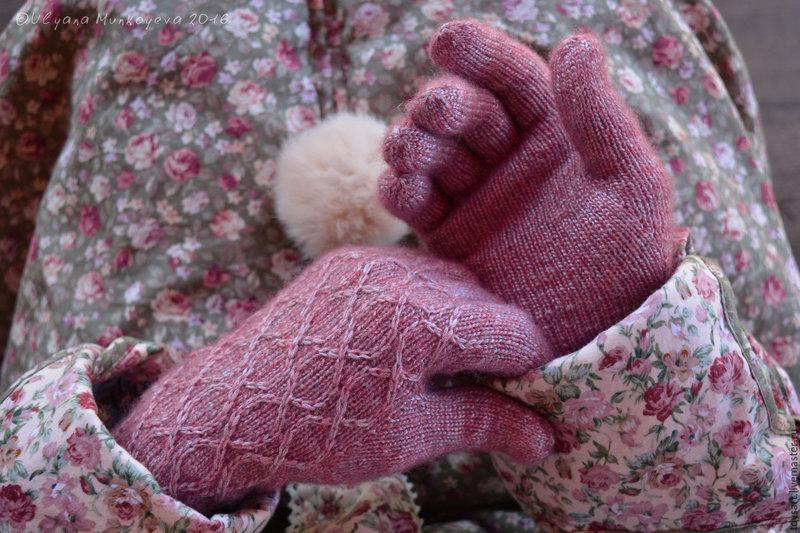 Вязаные перчатки шерстяные