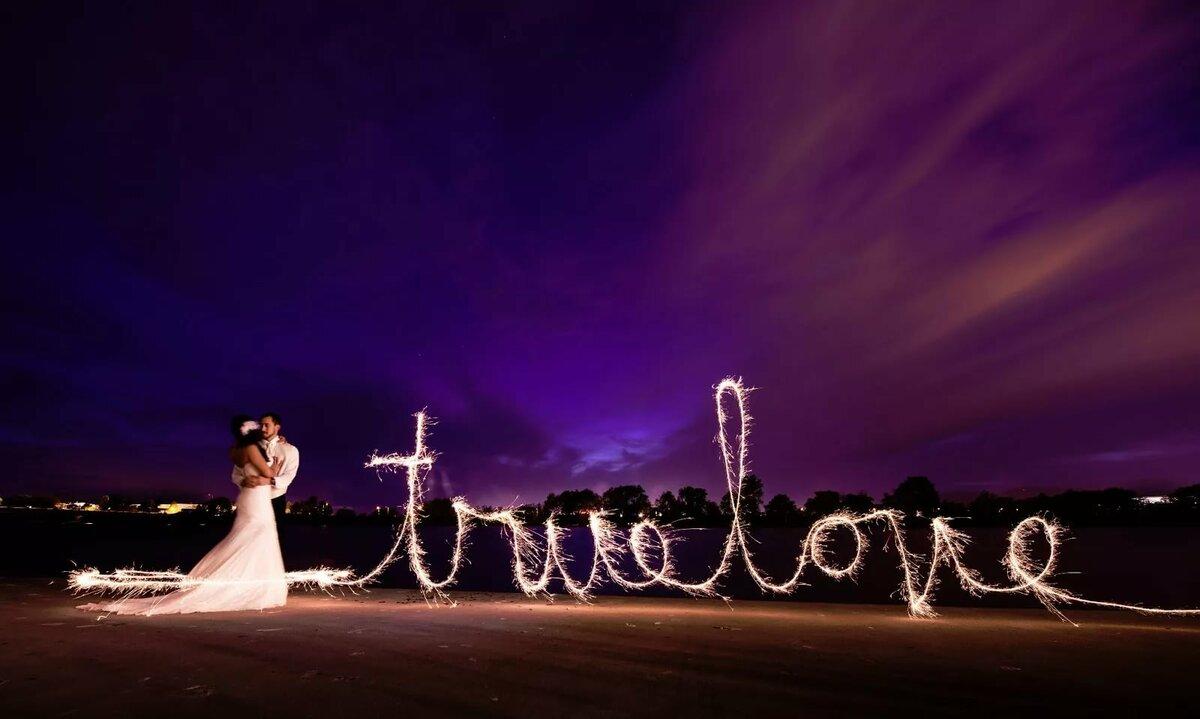 Фото на свадьбе с длинной выдержкой