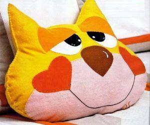 Подушка игрушка своими руками фото выкройки и схемы