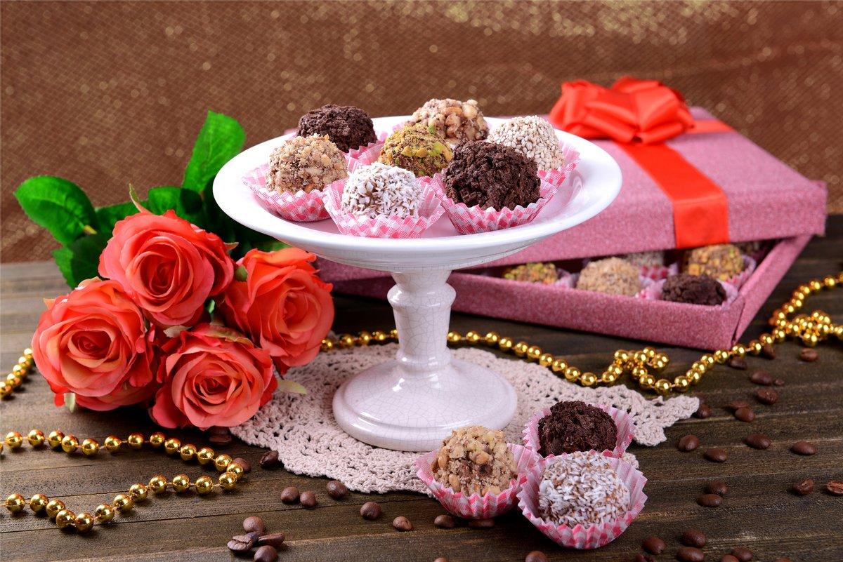 картинки с шоколадными конфетами и цветами дискотеки идут