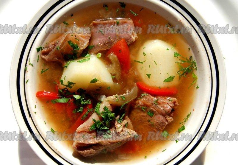 Шулюм - это суп, который пришел к нам из казацкой кухни, особенностью этого блюда является то, что его варили в походных условиях, на улице
