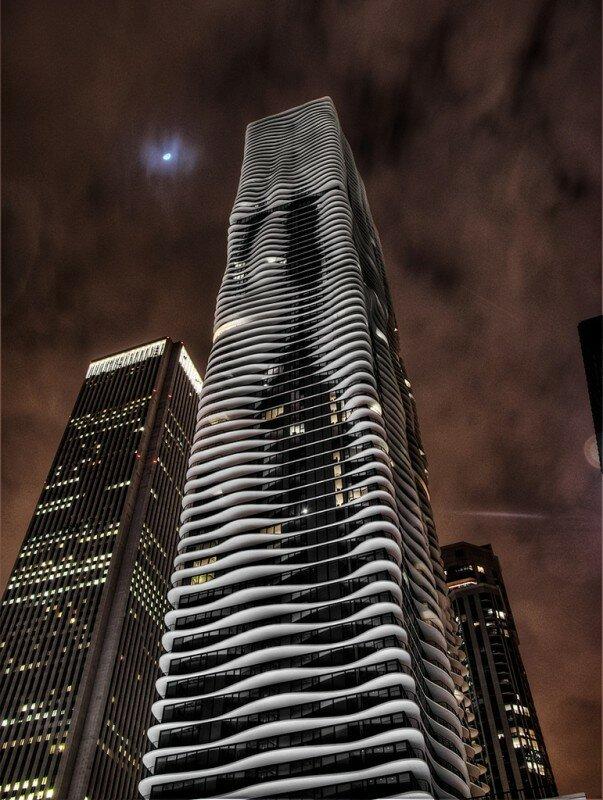 Небоскреб Aqua tower в Чикаго