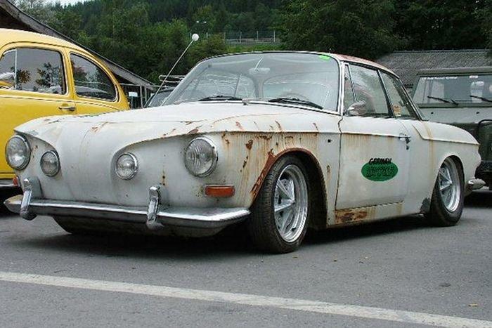 Автомобиль в стиле Rat Look.
