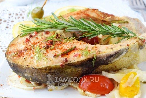 стейки из лосося в духовке в фольге