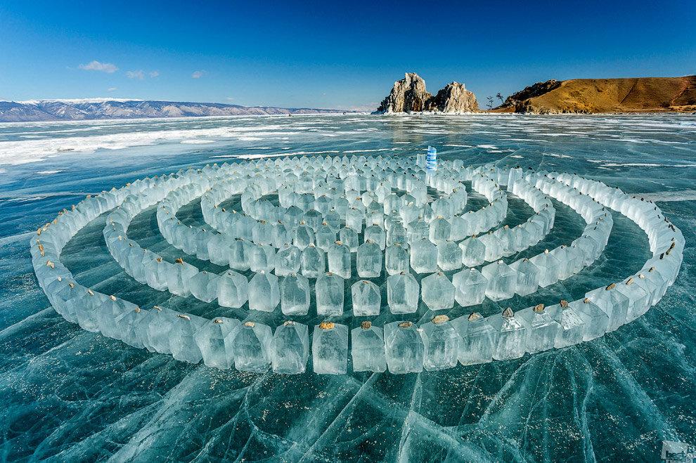 Лабиринт изо льда на озере Байкал. (Фото Kirill Sergeev | Best of Russia)