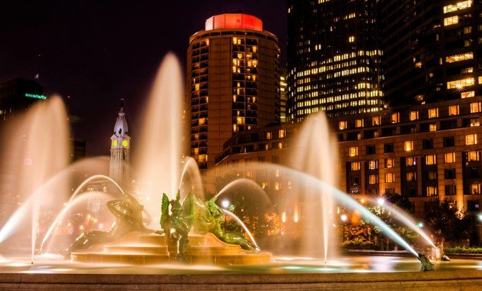 Фонтаны в Филадельфии.