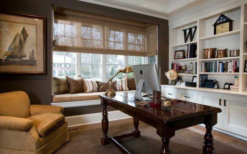 Домашний кабинет в частном доме