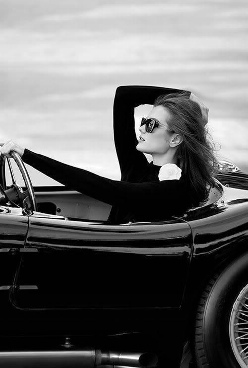 Девушки. Чёрно-белое фото. - Коллекция изображений - Клипарты JPEG - Клипарты у Анны.