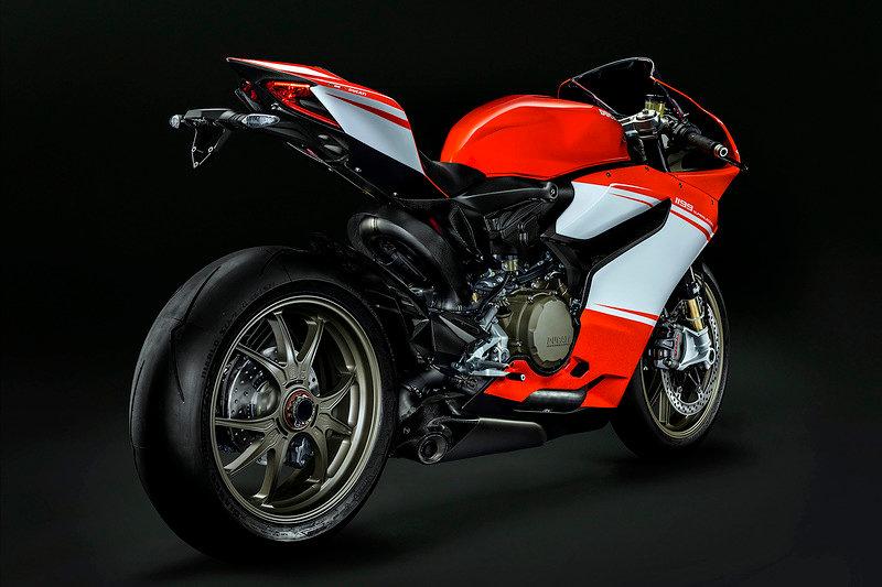 Самый мощный дорожный Ducati