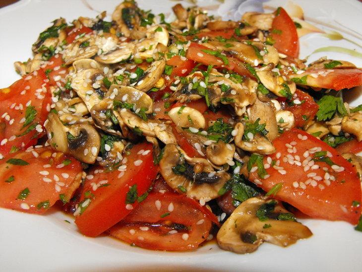 салат из шампиньонов фото рецепт