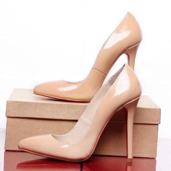 Классические сексуальные бежевые женские лодочки с острым мыском на высоком каблуке