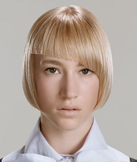 Косая челка - простое изменение внешности
