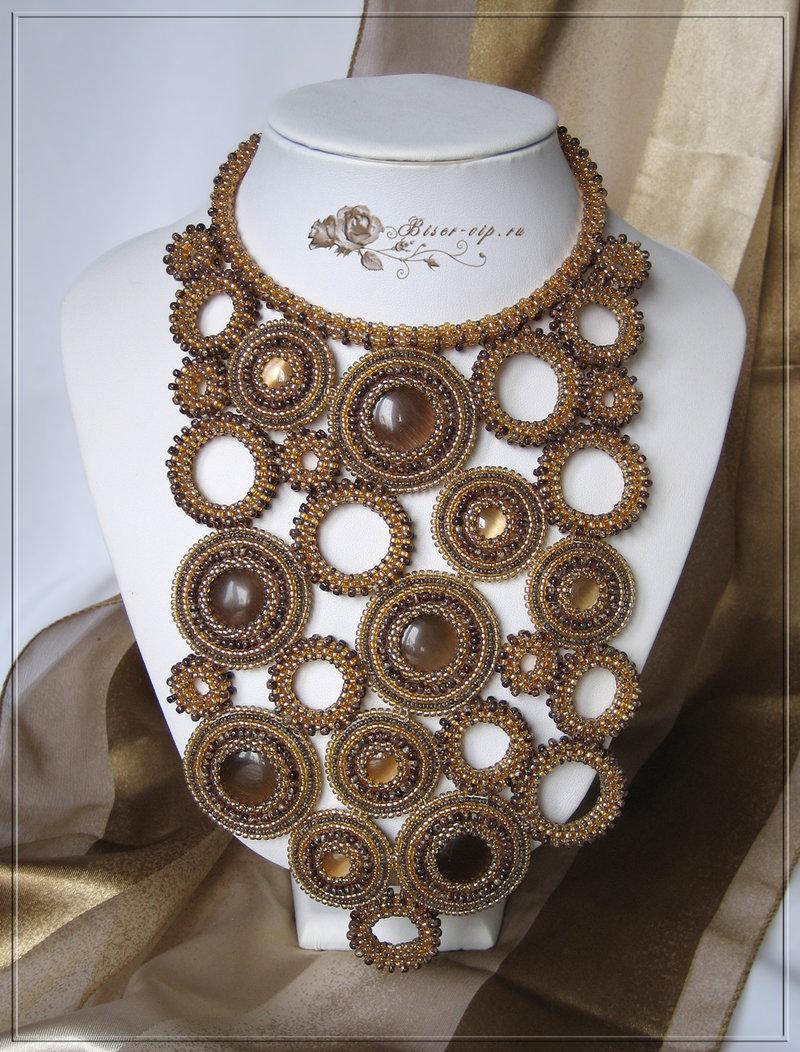 Кремовое ассорти - Колье, ожерелья - Бисерная Бижутерия - Другие коллекции - Украшения из бисера