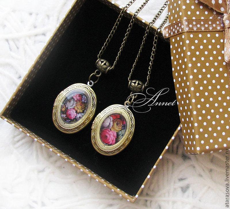 Купить Медальоны Жостово - золотой, медальон, медальон для фотографии, медальон с секретом, медальон для фото, медальоны