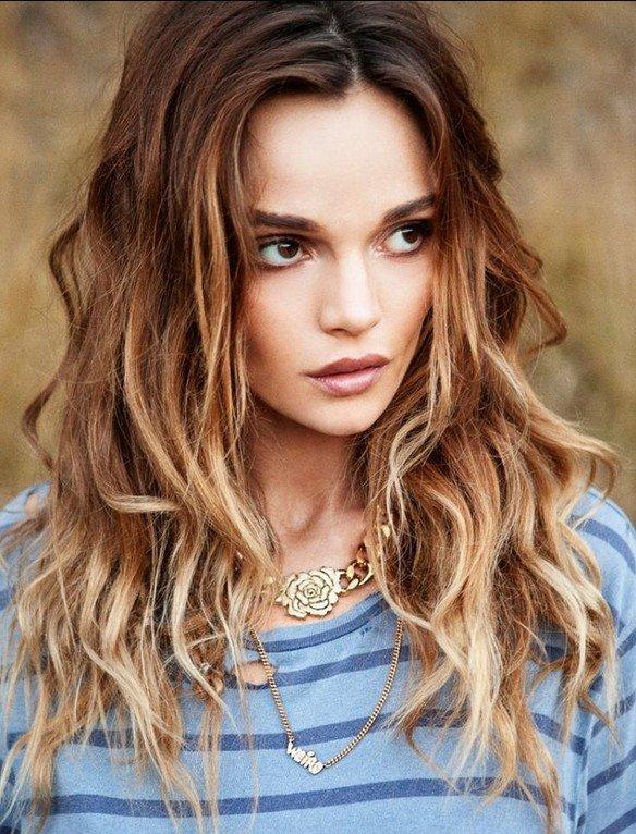 Модные причёски на длинные волнистые волосы 2015 в стиле омбре