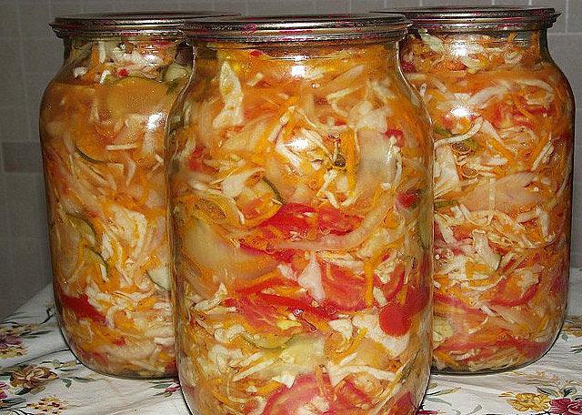 салат из капусты на зиму с болгарским перцем в банках без стерилизации