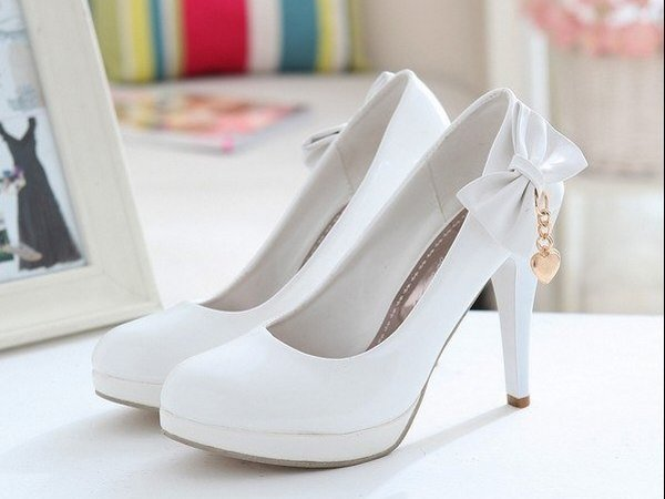 90a2d17a9f1e Как выбрать туфли на свадьбу чтобы они были и красивыми и удобными  Какой  вообще бывает