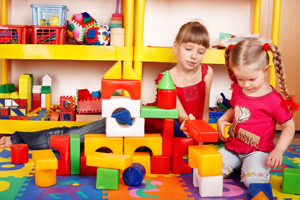 Картинки дети и игрушки в детском саду