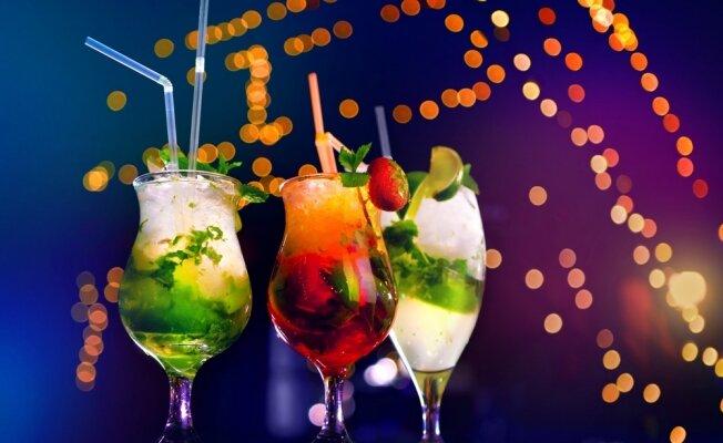 10 оригинальных новогодних коктейлей
