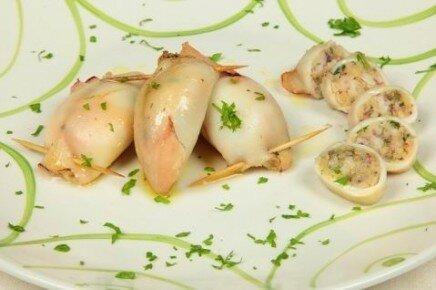 Фаршированные кальмары (Calamari ripieni in teglia)
