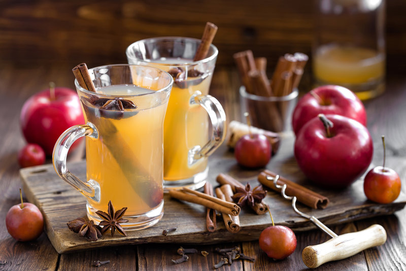 Горячие алкогольные напитки — грог, белый глинтвейн, яблочный пунш, айриш-кофе, горячее пиво на Gastronom.ru