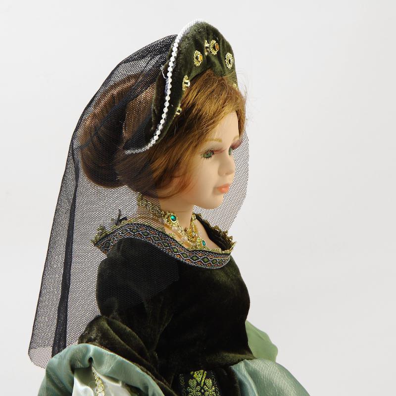 Кукла  фарфоровая Царица Тамара, 16 купить в интернет магазине в Москве.