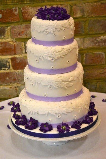Love Cake //  Eat Cake: Wedding cake