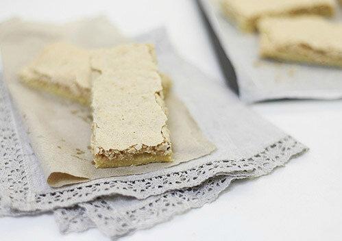 Ореховое пирожное