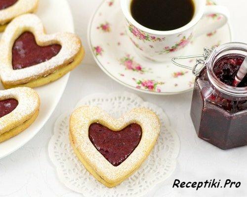 Песочное печенье с джемом «Валентинки»