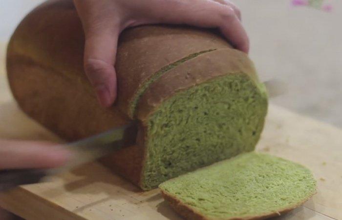 Полезный хлеб со свежим шпинатом. / Diverse / Hora.md