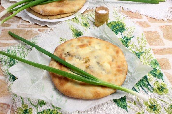 Рецепт осетинского пирога с луком и сыром