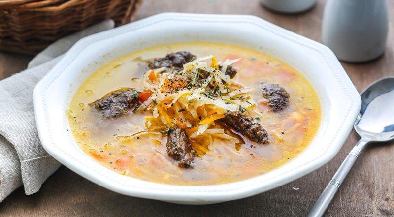 суп с кнелями