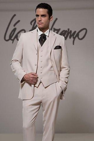 Фото свадебных костюмов - Свадебные костюмы