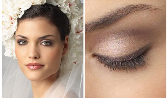 Невеста брюнетка с зелеными глазами