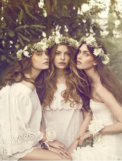 Невесты в венках