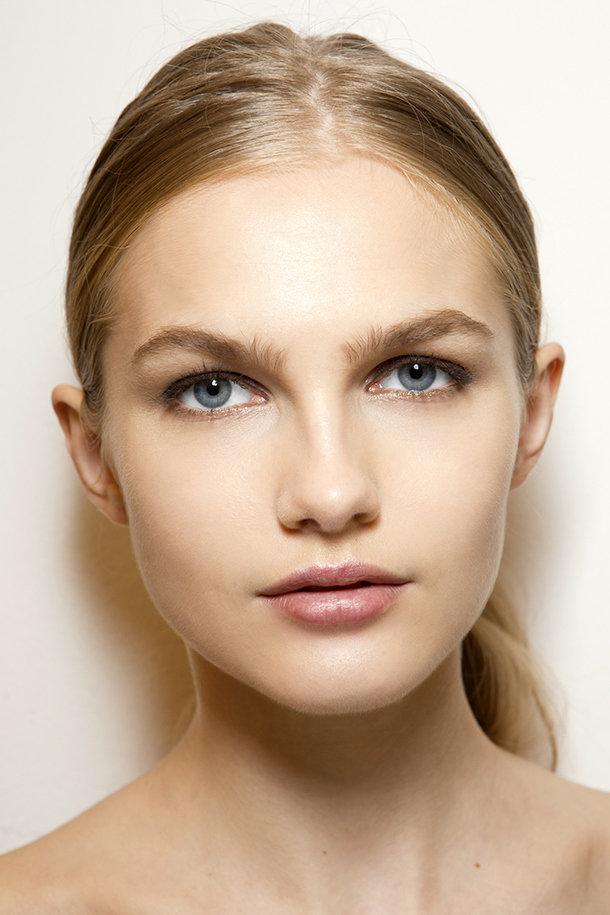 """Стробинг - такая новая техника макияжа действительно меняет """"игру"""" - Визажист"""