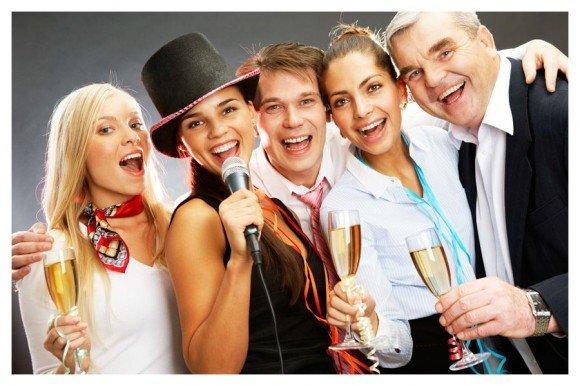 Ведущие праздника и свадьбы