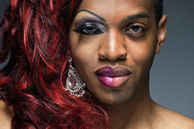 Кто такой трансвестит, лесбиянки на секс стуле